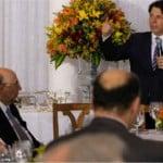 Banquete no Alvorada mostra governo fraco para aprovar Previdência