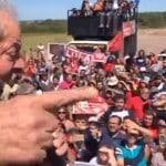 Provocadores fracassam e Lula fala aos gaúchos. Assista