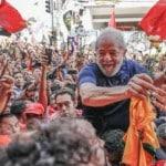 """Fiori: """"A direita e os seus juízes transformaram Lula num mito"""""""