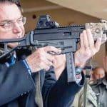 """Pose de """"macho"""" em Israel não adianta para a batalha na Câmara"""