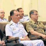 O corte de 43% do orçamento militar é chantagem ou mentira?
