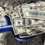 Vamos torrar US$ 11,6 bi na fogueira do dólar, não em política anti-recessiva