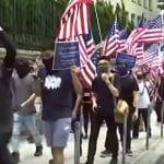 Hino e bandeiras dos EUA em Hong-Kong, veja. Fim da trégua com a China