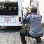 Motorista da Kombi nega tiroteio: só PM é que atirou em Ágatha