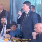 """Pior que xingar, Bolsonaro diz que Covid pode ser """"fabricada"""""""