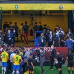 O Brasil não é o país do futebol, é o país dos 'cartolas'